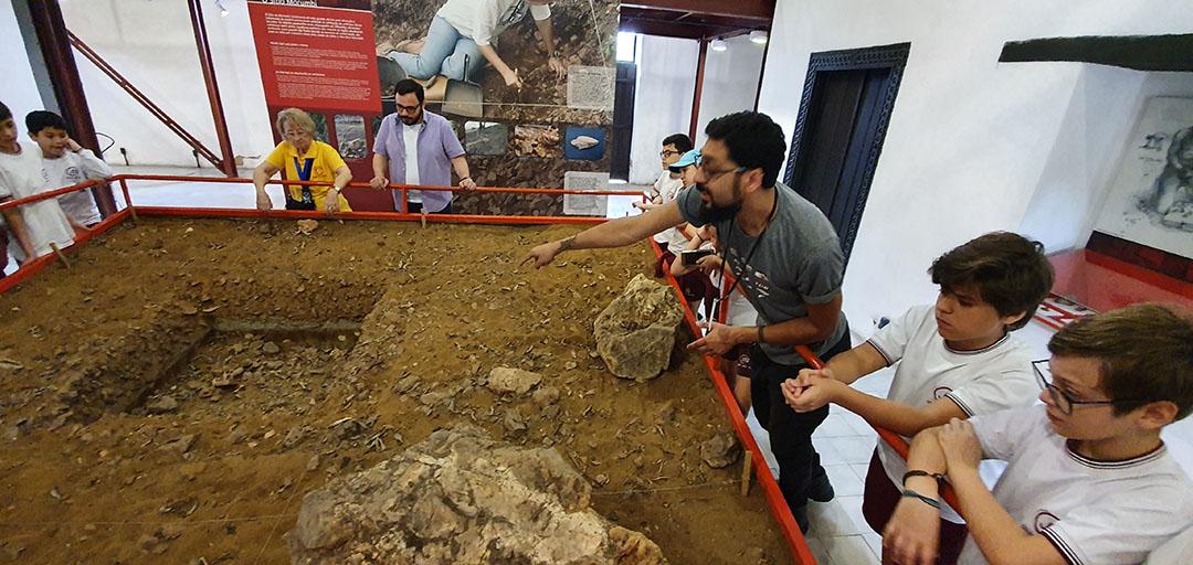 Colégio João XXIII – Centro de Arqueologia de São Paulo (Sítio Morrinhos) – 29 de outubro