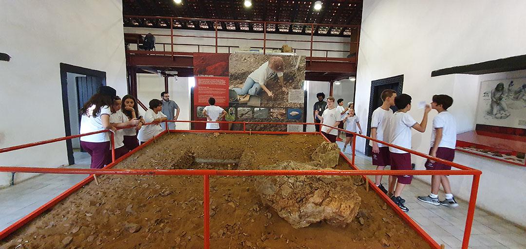 Colégio João XXIII – Centro de Arqueologia de São Paulo (Sítio Morrinhos) – 30 de outubro