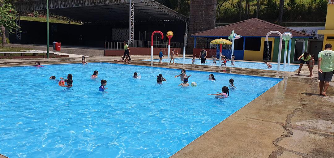 Colégio João XXIII – Aruanã Acampamentos – 17 de outubro